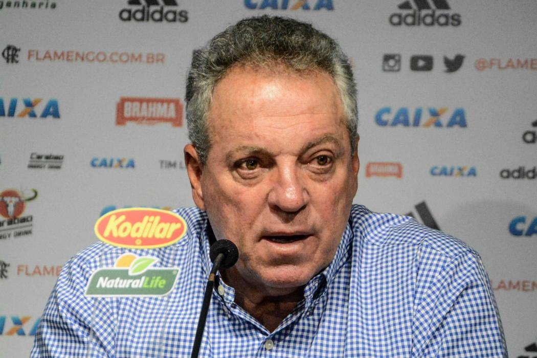 Abel Braga, técnico do Flamengo, mostrou consternação com o incêndio que vitimou 10 atletas da base rubro-negra. Crédito: Nayra Halm/Agência O Dia