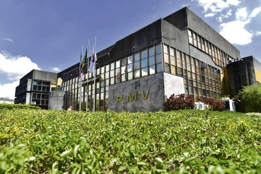 Servidores da Prefeitura de Vitória (foto), Cariacica e Serra terão feriadão de 5 dias. Crédito: Marcelo Prest