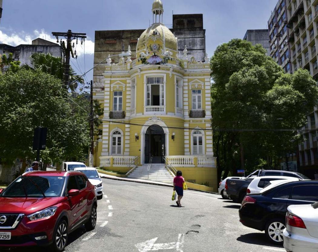 Palácio Sônia Cabral: antiga sede da Assembleia Legislativa, o prédio tem nome em homenagem à fundadora da Orquestra Filarmônica do Estado. Hoje, é um espaço cultural. Crédito: Marcelo Prest