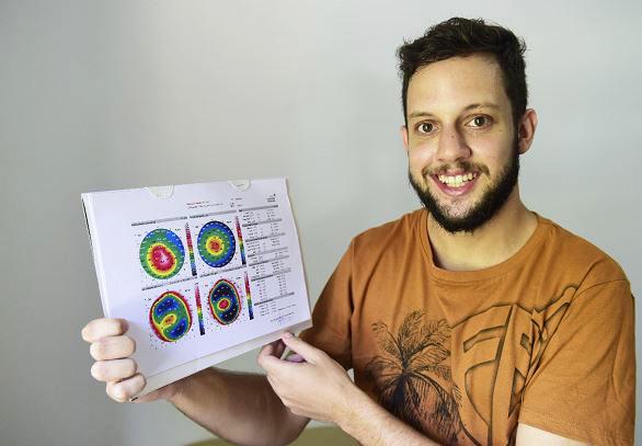 b077d7b9f Jovem de Cariacica realiza cirurgia nos olhos com ajuda de amigos - Cidades  - Gazeta Online